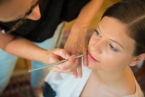 Braut-Lippen-schminken-2