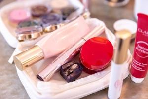 Kosmetik-Schmintaeschchen